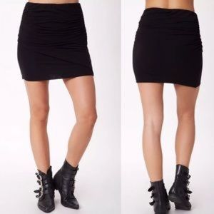 Splendid ruched black mini skirt